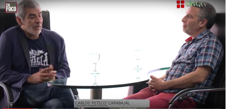 """Peteco Carabajal, reconocido músico del folclore argentino, recibió la Mención Honorífica por parte de la Universidad Nacional de Quilmes. Visitó nuestro Estudio de Tv y participó en nuestro ciclo de entrevistas """"En Foco""""."""